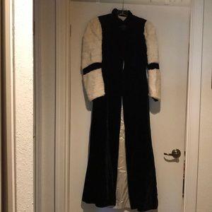 Vtg 1930's ART DECO BLACK silk Velvet Opera Coat
